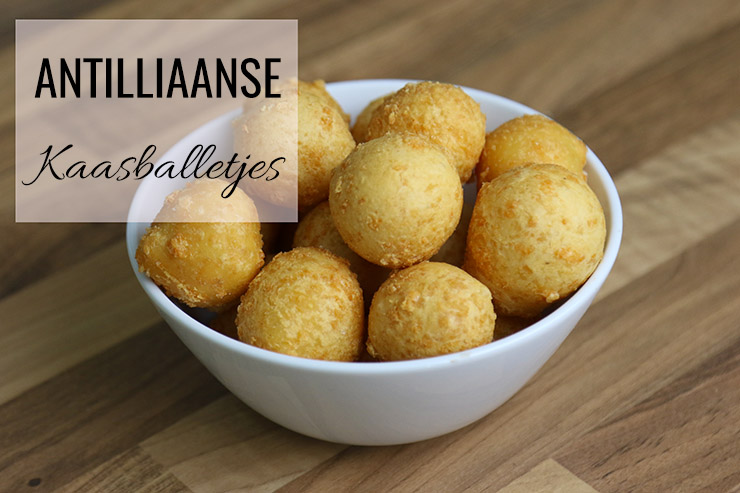 Antilliaanse kaasballetjes recept