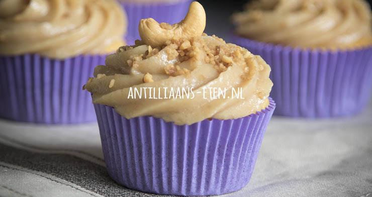 Antilliaanse cashew cupcakes bolo di cashupete cashewpete recept jurino
