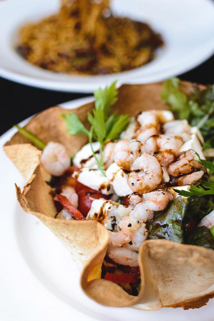 garnalensalade met fetakaas en balsamico dressing recept antilliaans eten